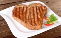 Stek z rostbefu z kością z polędwicą - T-BONE STEAK
