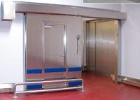 Drzwi przesuwne z montowanymi drzwiami uchylnymi