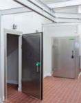 Drzwi uchylne dla mroźni